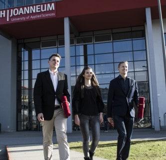 Glanzlichter: Graduierungen an der FH JOANNEUM Kapfenberg