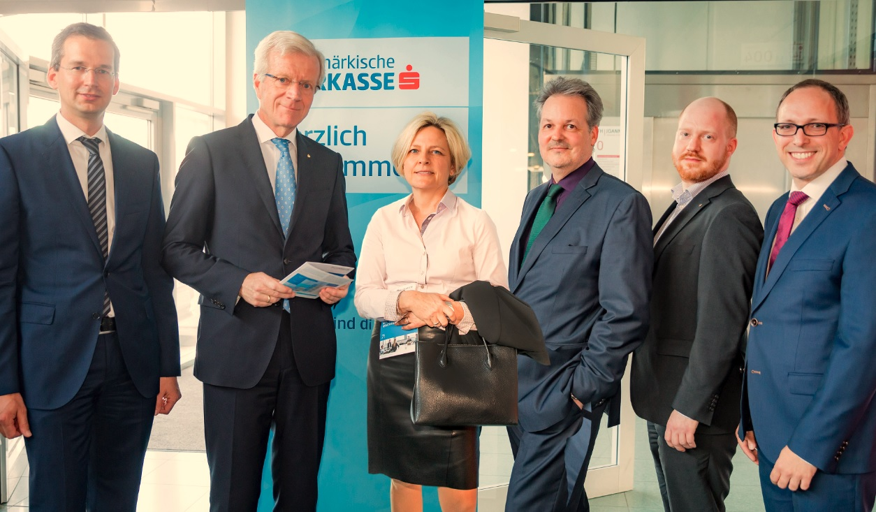 Martin Payer, Managing Director of FH JOANNEUM; Gerhard Fabisch, CEO Steiermärkische Sparkasse; Evelyn Bauer, General Secretariat Steiermärkische Sparkasse; Werner Hauser; Dominik Wanda, Competence Center for Legal Matters / Österreichischer Sparkassenverband; Christian Vogel (© Margit Kundigraber)
