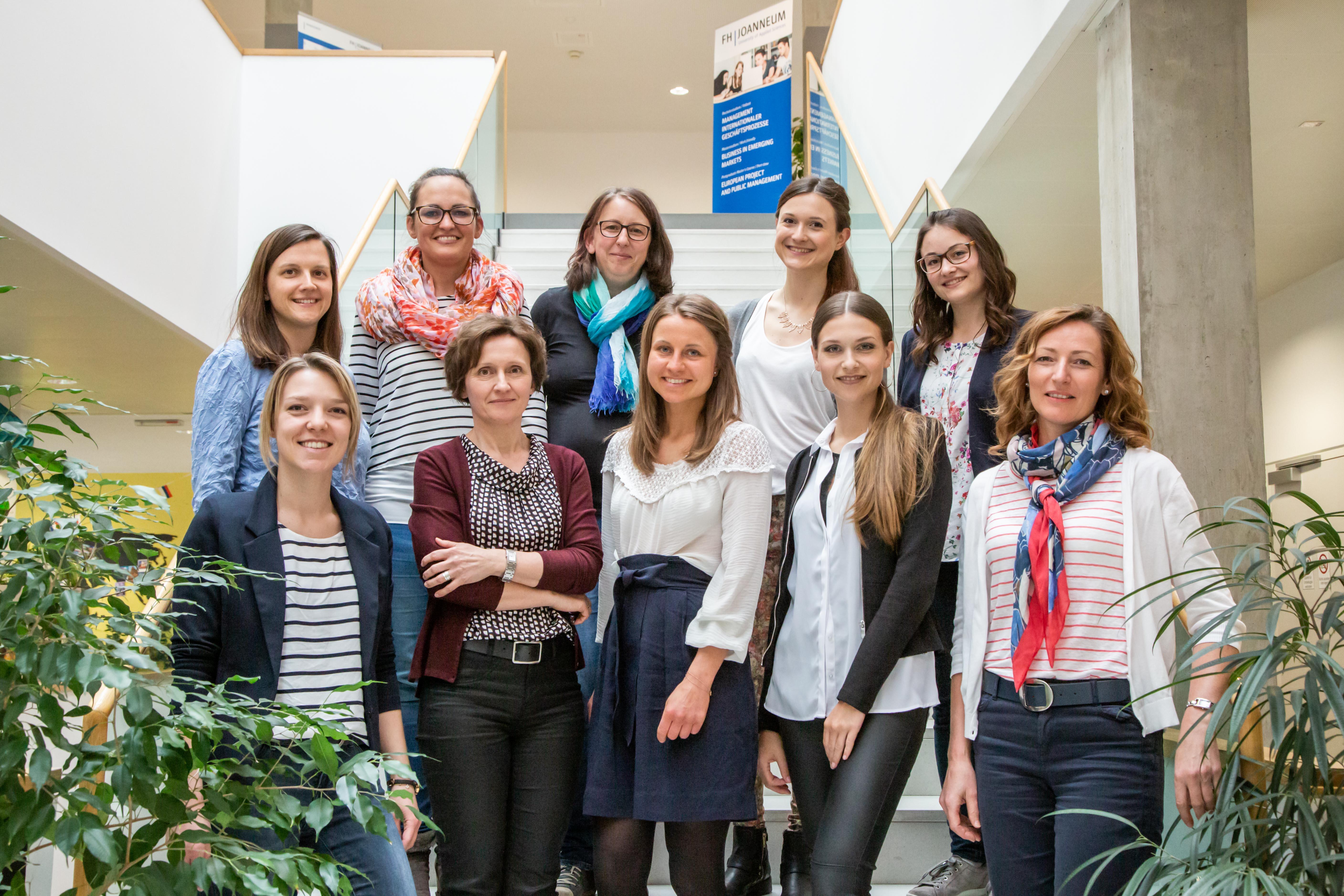 """Das Team der Diätologinnen im Projekt """"GEMEINSAM G'SUND GENIESSEN – daheim und unterwegs""""."""
