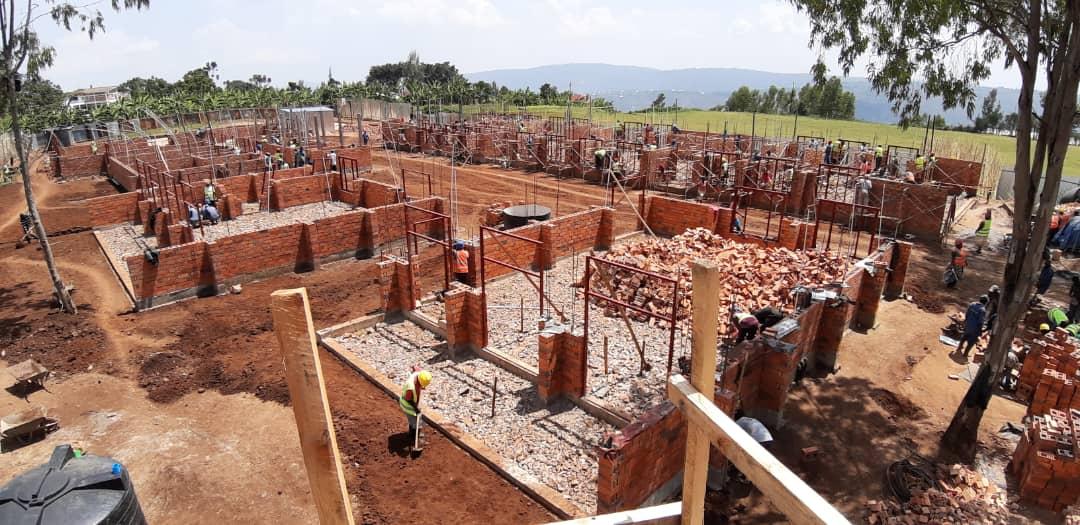 Baustelle, auf der ein Community Center errichtet wird.