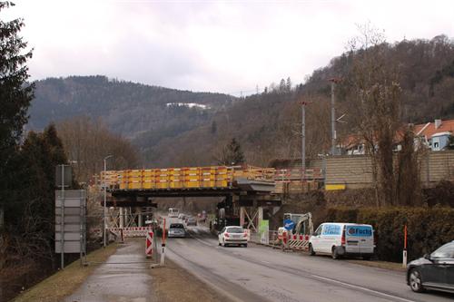Die aktuelle Straßensperre der B116 in Kapfenberg als Denkanstoß für alternative Mobilität.