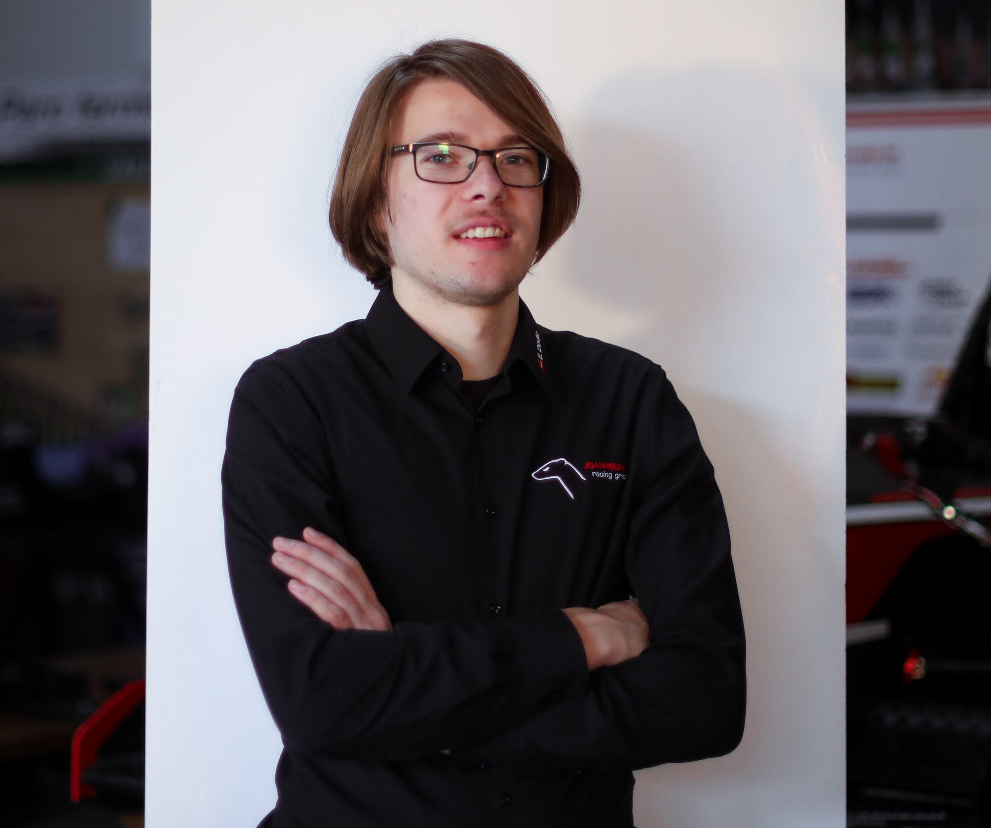 Oliver Klughardt ist Team-Leader des Design-Departments.