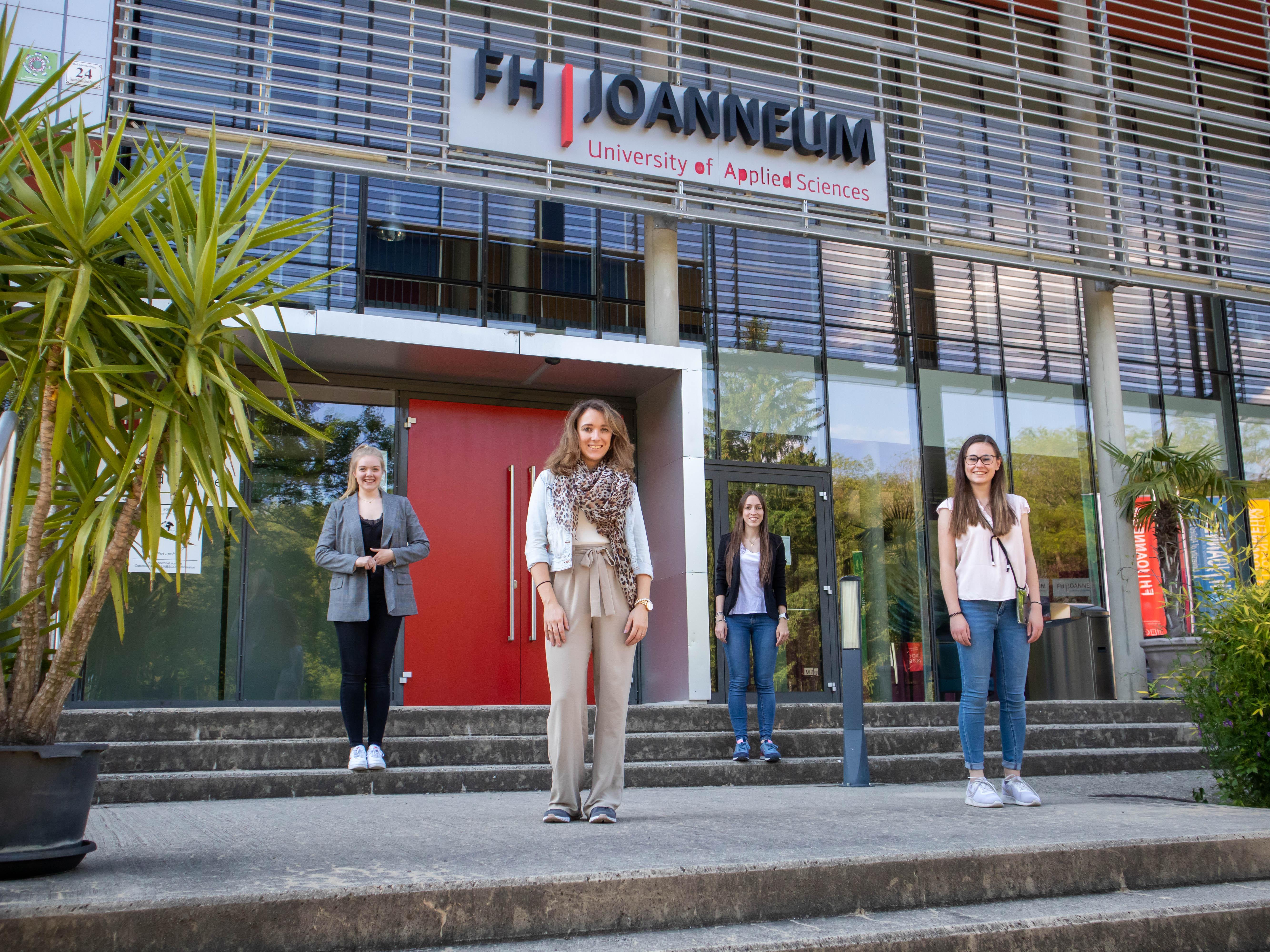 Das Projektteam: (v.l.n.r.) Jasmin Heyne, Theresa Riegler, Christine Frankl und Julia Meixner.