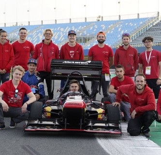 "joanneum racing graz gewinnt ""Formula Student Netherlands"""