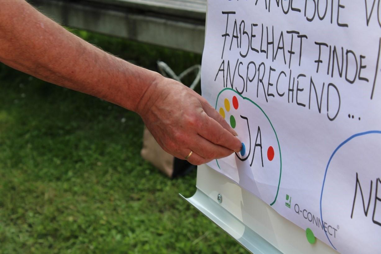 Teilnehmerinnen und Teilnehmer der Begegnungsweg-Eröffnung haben die Angebote des Projekts FABELHAFT als wichtig und ansprechend beurteilt.