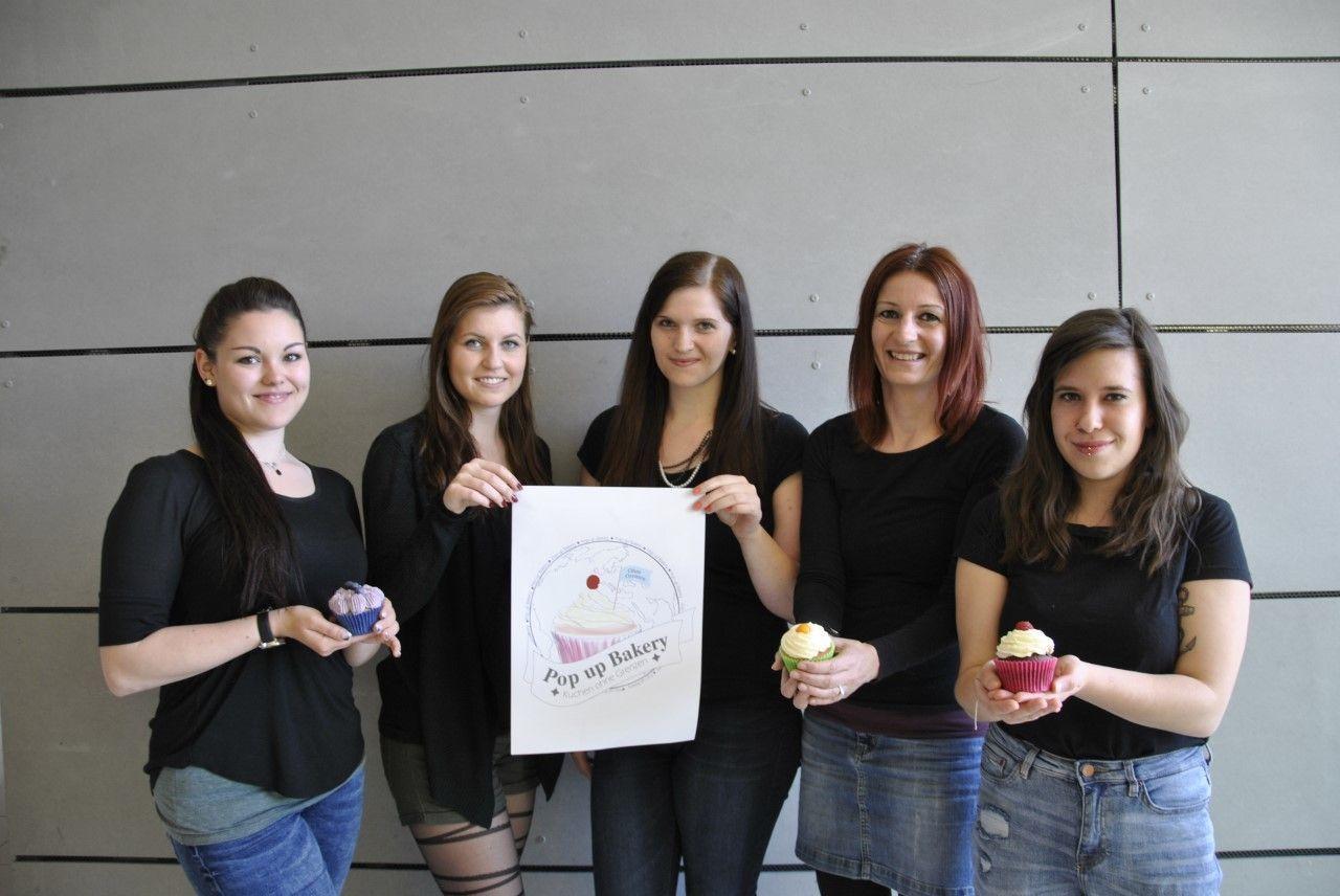 Das Team der Pop-up-Bakery: Nicole Perl, Julia Riedenbauer, Annelies Rainer, Anita Grießmayer und Tamara Mandl.