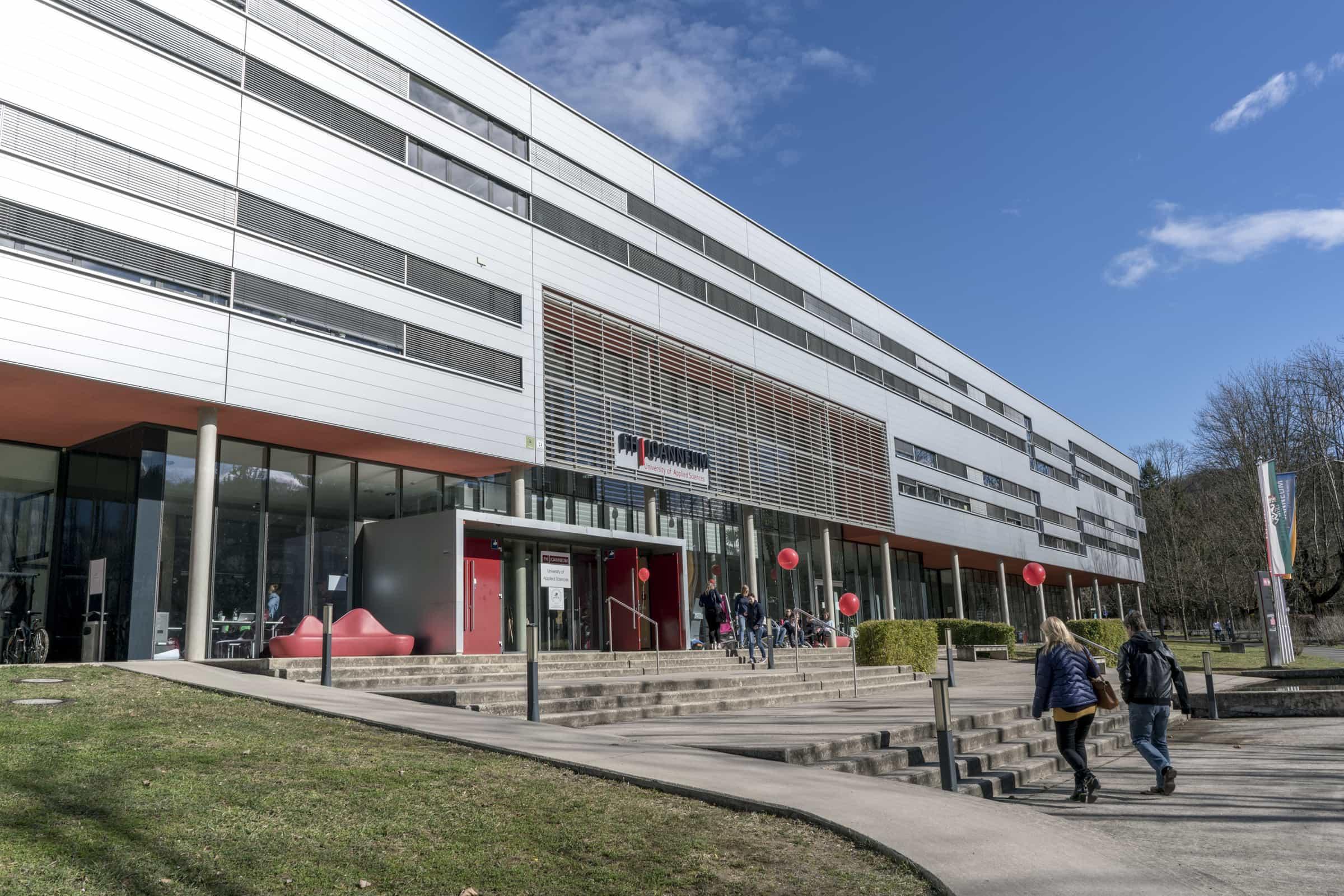 Rund 4.000 BesucherInnen informierten sich über das Angebot der FH JOANNEUM in Bad Gleichenberg und Graz – so viele wie noch nie zuvor.
