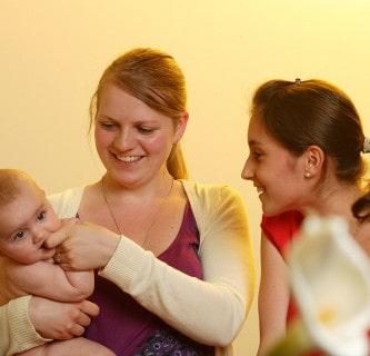 Babyschreien, Körper und Bindung-Emotionelle Erste Hilfe (EEH) und Bindungsförderung