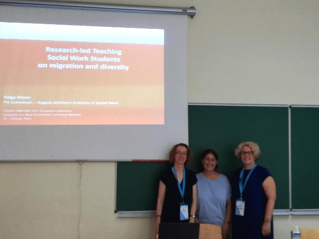 """Helga Moser mit Orit Nuttman-Shwartz und Sarit Shay bei ihrem Symposium zum Thema """"Is a New Social Work Curriculum Needed?"""""""