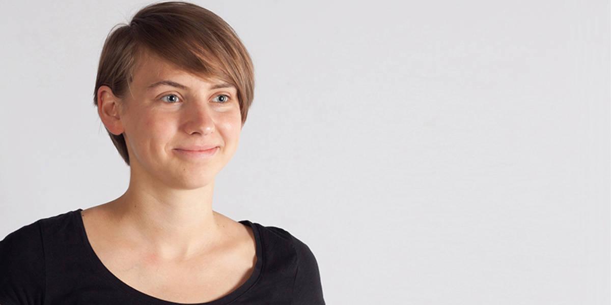 Clara Fessler entwickelte einen Sprachassistenten, der Personen mit Sehbehinderungen in ihrem Alltag unterstützt.