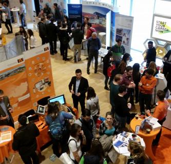 Viele Teilnehmerinnen und Teilnehmer beim Partner & Career Day.